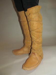 mocs with leggings
